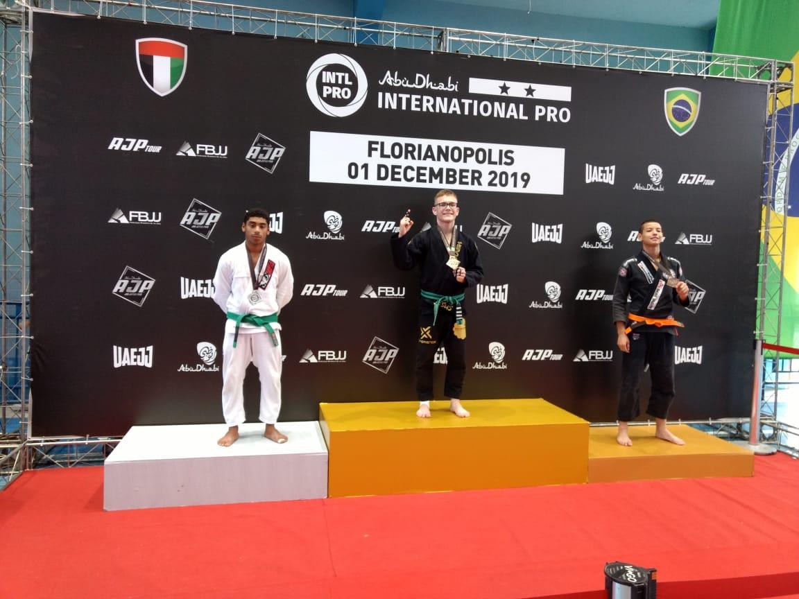 Caio Felipe Ramos conquista 1º lugar em seletiva de competição internacional em Florianópolis